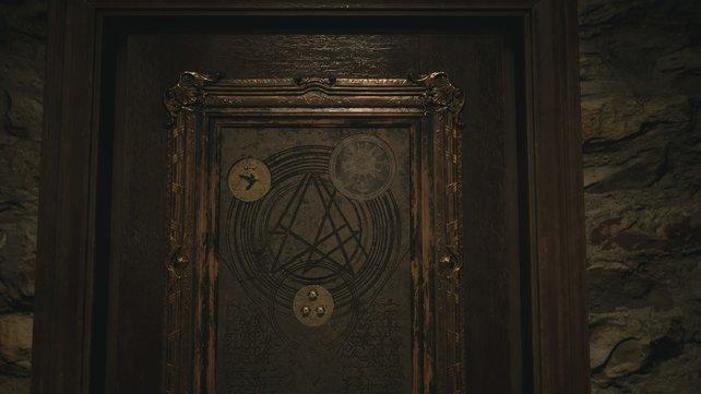 Diese beiden Symbole müsst ihr auswählen, damit sich die Türe öffnet.
