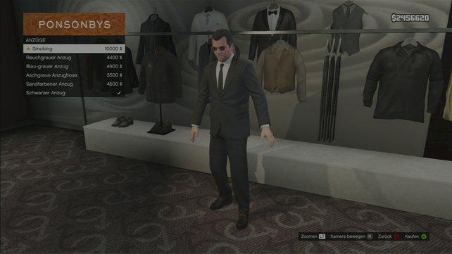 Wie es sich für einen Star des Filmgeschäfts gehört, holt ihr euch als erstes einen Anzug.