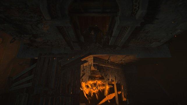 Die Kirche wird in Brand gesteckt. Klettert von innen den Kirchturm hoch und tötet dann draußen die Wachen.