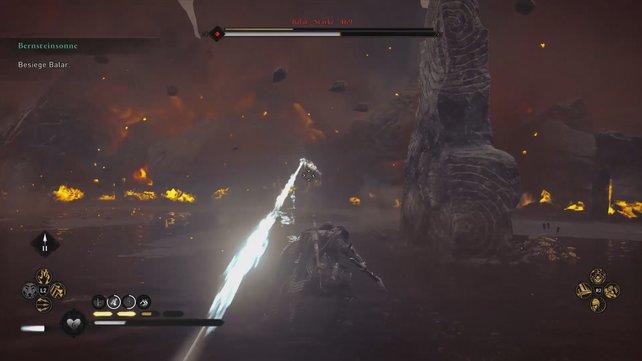 Balars Hitzestrahl zu blocken bringt kaum etwas - hier hilft nur die Flucht zur Seite hinter einen Runenstein.