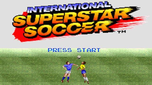 Geburtsstunde: Im Mai 1995 können europäische Fußball-Liebhaber mit International Superstar Soccer endlich auch virtuell ihrer Leidenschaft nachgehen.