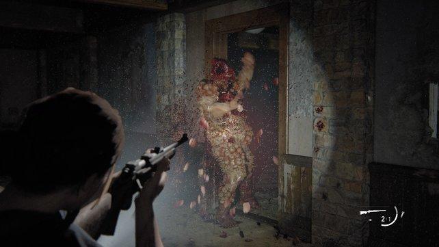 Weicht den Schlägen des Bloaters aus und schießt ihm wiederholt in den Kopf, bis Joel ihn zerstückelt.