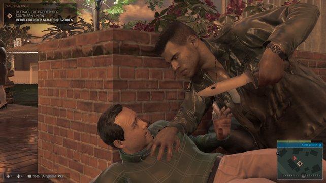 Der schwarze Mann mit dem langen Messer erfährt immer, was er wissen will.