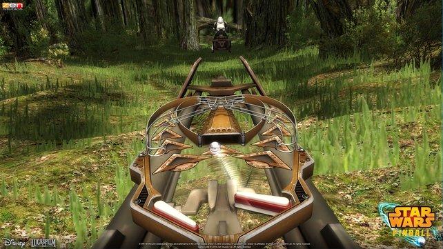 Einer unserer Lieblingstische: Ihr spielt auf einem Speedbike, während ihr durch die Wälder von Endor brettert.