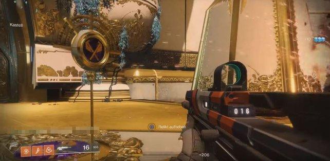 """In Phase 1 """"Das goldene Schloss"""" müsst ihr drei solcher Relikte hier links bergen und sichern."""