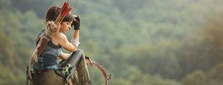 Panorama: Cosplay stellt die neue Lara dar