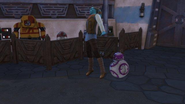 Euer kleiner Droide kann nicht nur mit euch reden, sondern auch anderen Sims einen Stromschlag verpassen.