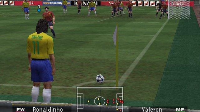 Lange ist es her: Ronaldinho, der flinke Brasilianer, war mal Nationalspieler. So auch in PES 3.