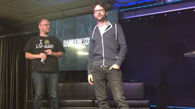 Entwickler-Rückblick: Vor dem E-Sport-Turnier in Montréal blickten die zwei Ubisoft-Entwickler Xavier Marquis (li.) und Alexandre Remy (re.) auf Jahr eins zurück.
