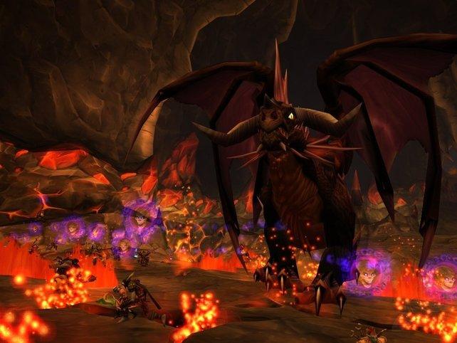 In Phase 3 erwartet euch das absolute Chaos: Furcht, Flammenrisse, Drachenwelpen und eine ziemlich angefressene Onyxia. Bereitet euch darauf vor!