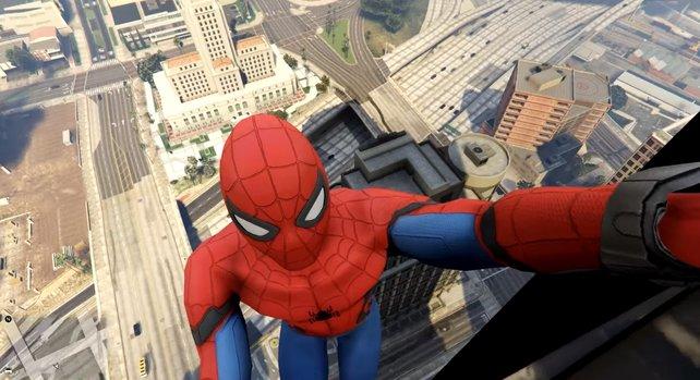 Nein, das ist nicht das neue Spider-Man-Spiel, sondern GTA 5 mit einer entsprechenden Mod.