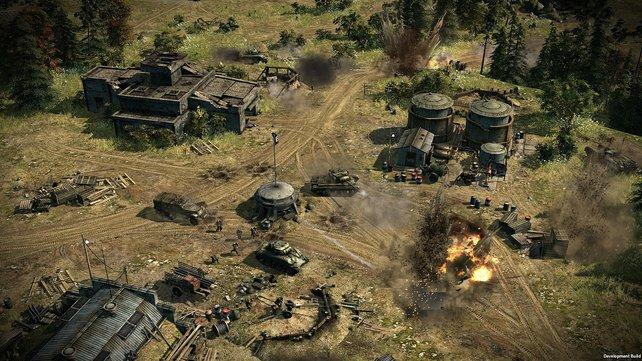Bunker und Maschinengewehrnester machen es dem Angreifer schwer.