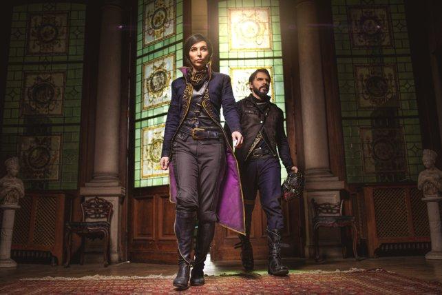 Maja und Ben sind als Emily und Corvo auf der gamescom 2016 aufgetreten.