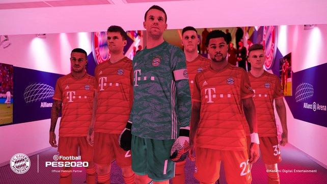 Der FC Bayern München ist samt Stadion, Trikots und Logos offiziel lizenziert im Spiel enthalten.