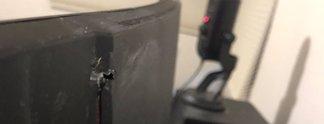 Panorama: Monitor fängt Kugel ab - funktioniert weiterhin