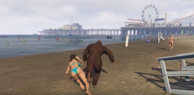Ihr könnt aber auch ein paar Mädels am Strand aufschrecken