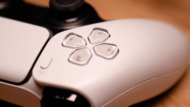 Auch auf der PS5-Konsole könnt ihr mit Freunden Spiele teilen und Accounts sharen.