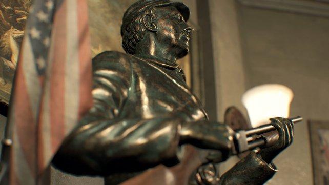 Was hält die Statue denn da in der Hand? Das könnte sich als nützlich erweisen.