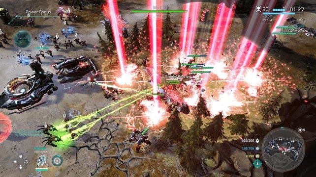 Mehr Details, mehr Schärfe: Bekannte Xbox-Spiele (hier Halo Wars 2) sehen noch schicker aus.