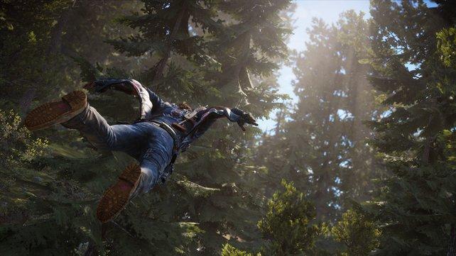 Mit dem Wingsuit bewegt sich Rico über längere Strecken durch die Luft.