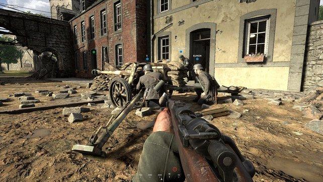 Artillerie kann auch in Hell Let Loose kriegsentscheidend sein, vorausgesetzt ein Squad ist koordiniert genug, die technischen Geräte zu bedienen.
