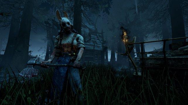 Mit Axt und Beil bewaffnet, ist The Huntress eine tödliche Waffe!