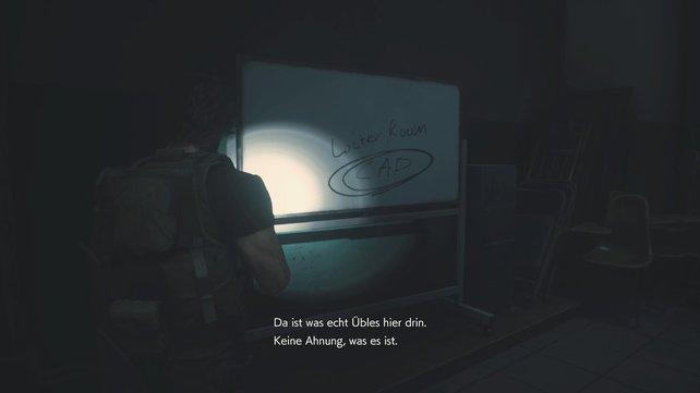 Auf dem Whiteboard seht ihr CAP gekritzelt.