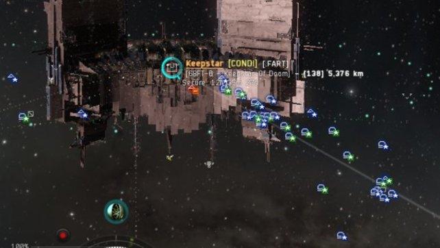 """Eine andere Gruppe von Spielern evakuierte die fliehenden """"Circle of Two""""-Spieler."""