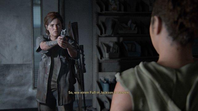 Schleicht durch den Lüftungsschacht, beobachtet und verfolgt Nora, bis ihr sie stellen könnt.