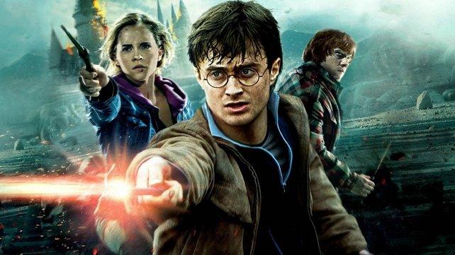 Als Spieler durch Hogwarts wandeln und die Ausbildung zum Zauberer absolvieren? Ein Traum für viele Fans, der schon bald auf der PS5 Wirklichkeit werden könnte.