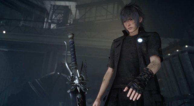 Von Ravus erhält Noctis die Königswaffe seines Vaters.