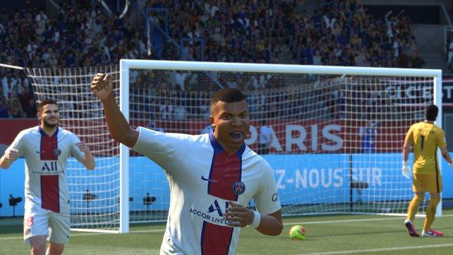 FIFA 21 trumpft im Vergleich zum Vorgänger mit Detailverbesserungen auf. Fundamentales ändert sich aber nicht.