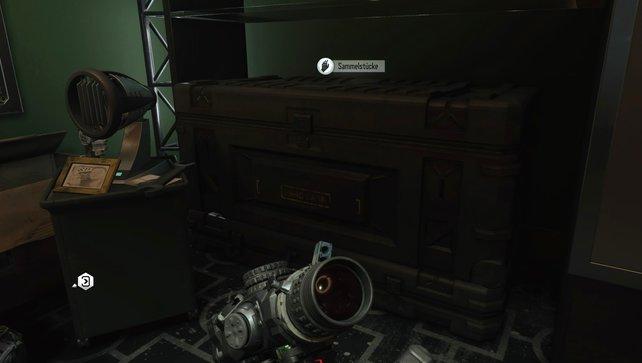 In eurem Unterschlupf findet ihr diese Kiste, wo ihr eure Sammlung an Objekten sehen könnt.