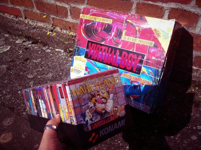 """Die """"Virtual Boy""""-Sammlung von Onkel Jo. Gespielt hat er nicht viel damit."""