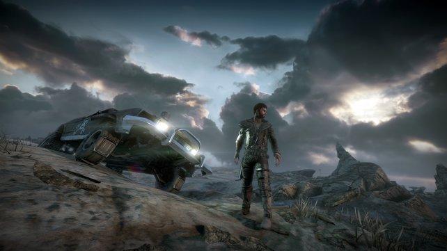 Mad Max auf Erkundungstour mit seinem geliebten Auto.