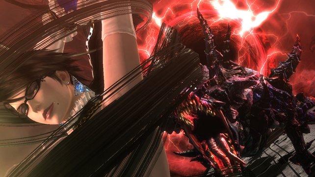 Dämon Gomorrha stellt sich am Anfang des Spiels gegen sein Frauchen Bayonetta.