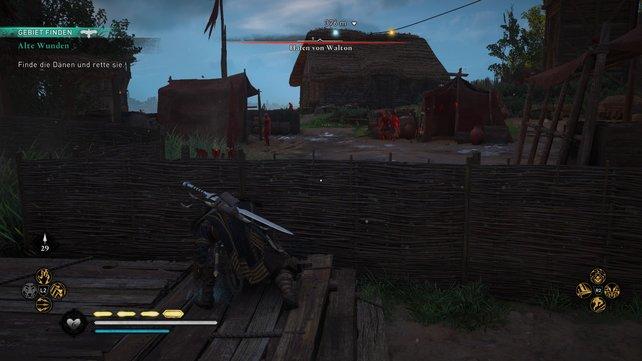 Schlüpft durch die Lücke im Palisadenwall und schleicht am Zaun entlang, um danach auf den Versorgungswagen zu schießen.
