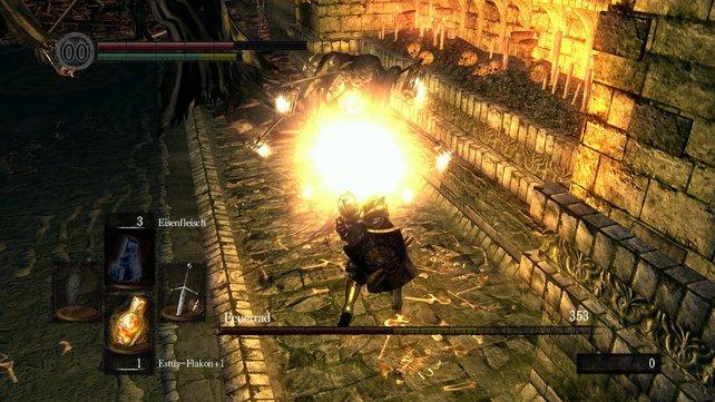 Feuerrad gehört zu den einfachsten Bossen und ist in wenigen Sekunden zu besiegen, wenn man an ihm dranbleibt.