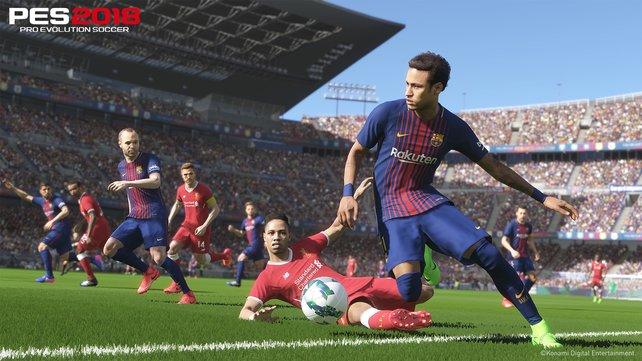 Ballzauberer wie Neymar führen das Leder dicht am Fuß und schirmen den Ball automatisch ab.