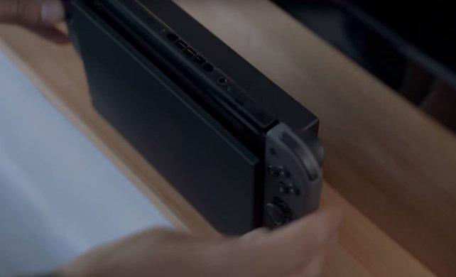 Achtet darauf, dass der Lüfter der Nintendo Switch nicht verdeckt ist. Ist er dennoch laut, kann man ein paar Dinge ausprobieren.