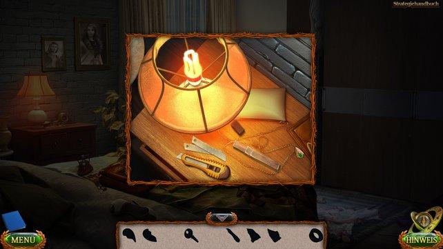 Dreht die neue Glühbirne in die Lampe und setzt anschließend die Klingen in das Teppichmesser ein.