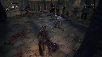 Bloodborne: Gegner fällt ...