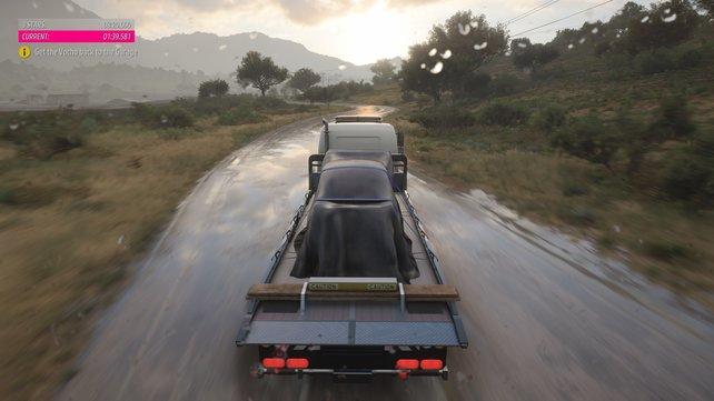 In einer von den Horizon-Stories-Missionen fahrt ihr einen Autotransporter, der allerdings extrem schnell, weil stark getunt ist.