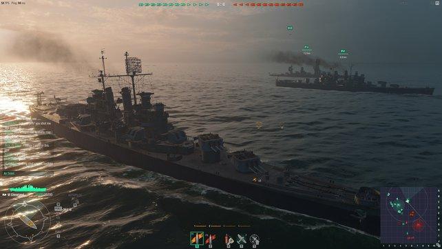 So ist's recht! Zusammen mit einem anderen Kreuzer gebt ihr einem Schlachtschiff im Hintergrund wertvolle Luftabwehr.