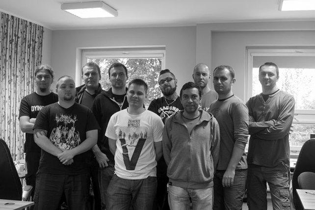 Gruppenbild von Entwickler Destructive Creations. Gesprächspartner Jaroslaw Zielinski ist der zweite von links.