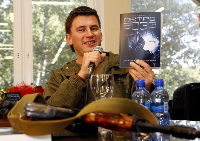 Im Jahr 2007 stellte Glukhovsky sein Buch Metro 2033 in Russland vor.