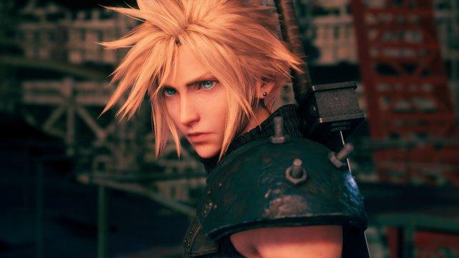 Cloud aus Final Fantasy 7 Remake blickt in eine ungewisse Zukunft.