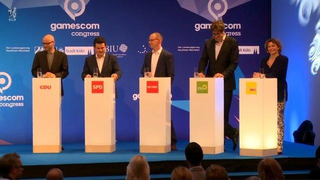 Bilder, die es so noch nicht gab: Vertreter aller Parteien stellen sich auf der gamescom branchenspezifischen Fragen.