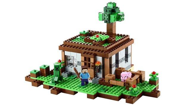 Die scheinbar perfekte Symbiose aus Minecraft und Lego sorgt für vergnüglichen Bauspaß.