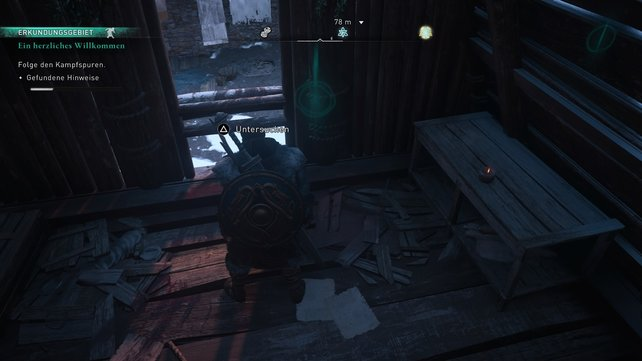 Setzt im Haus Odins Sicht ein und sucht nach Hinweisen. Die Spur führt durchs Fenster und dann nach rechts.